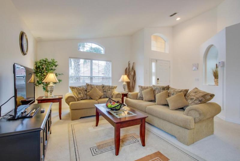 A private pool, game room & an easy drive to Disney World! Snowbirds welcome! - Image 1 - Davenport - rentals