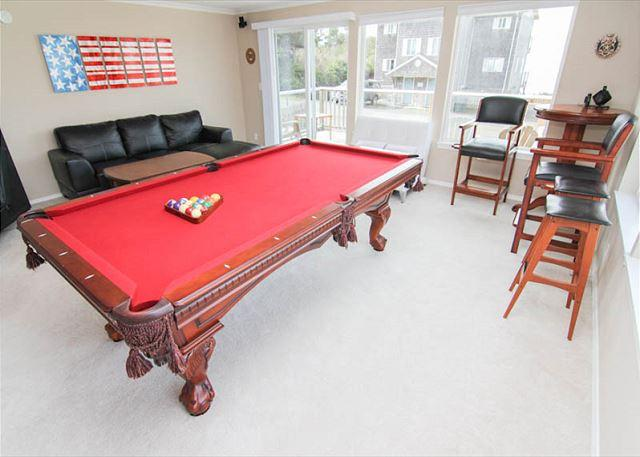 Fun for Everyone in this Gracious Oceanview Home - Image 1 - Lincoln City - rentals