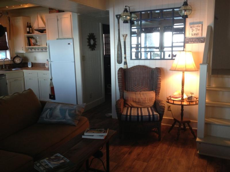 When you enter the cabin. - Waterfront Cottage With Own Personal Sandy Beach - Onalaska - rentals
