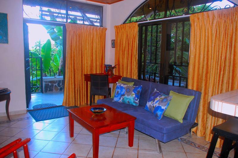Living room looking onto terrace - Romantic little hideaway in Manuel Antonio - Manuel Antonio National Park - rentals