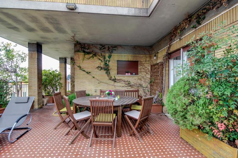Gorgeous terrace with city views, close to the Vatican! - Image 1 - Roma - rentals