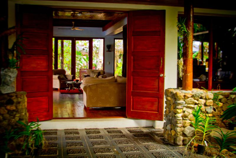 Front Entrance of the hotel - Exclusive Luxury Absolute Beachfront Paradise-at de Vos The Private Residence - Sigatoka - rentals