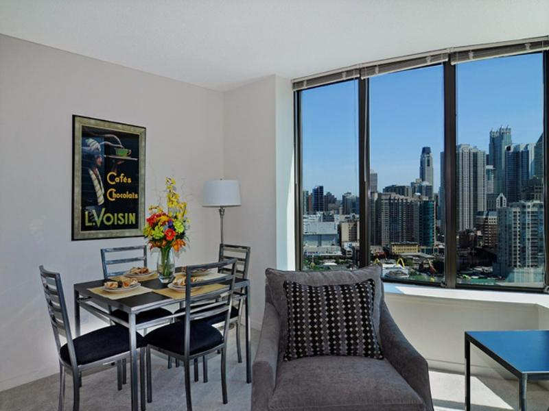 LUXURIOUS AND FURNISHED 1 BEDROOM APARTMENT IN CHICAGO - Image 1 - Chicago - rentals