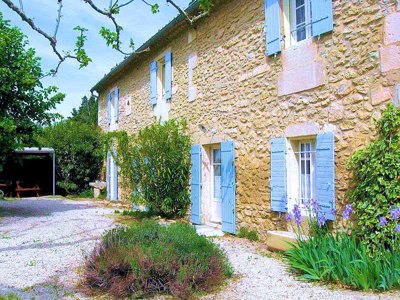 St-Rémy-de-Provence, authentic charming landhouse 11p. private pool - Image 1 - Saint-Remy-de-Provence - rentals