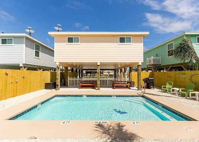 Private Pool - Sandy Bottoms: BRAND NEW LISTING! PRIVATE POOL! FREE GOLF CART - Port Aransas - rentals