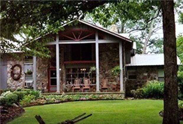 Raven Haven Bed and Breakfast - Image 1 - Mentone - rentals