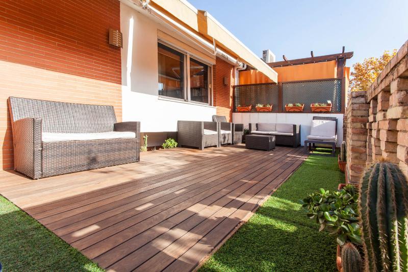 Central 3-Bedr Terraced Penthouse. VFT/SE/00722 - Image 1 - Seville - rentals