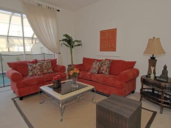 Living Room - Beautiful 3 Bedroom 3 Bath Resort Townhome. 7663SKC - Orlando - rentals