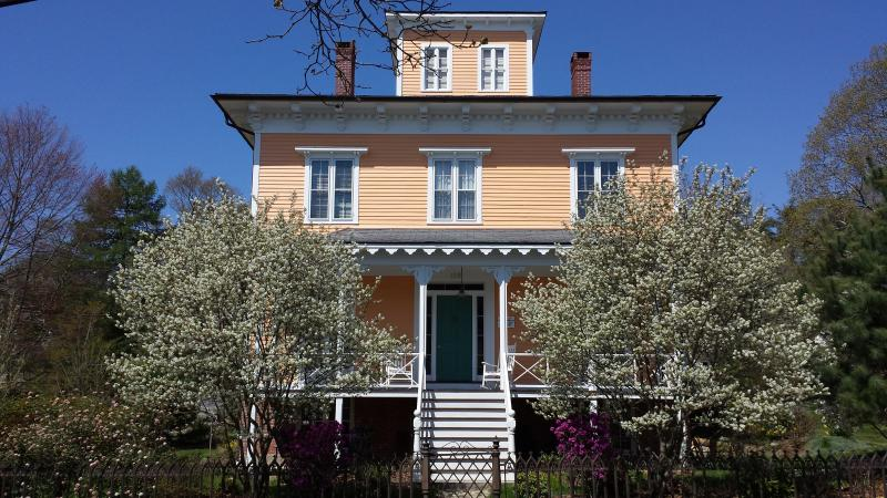 1853 Captain Wheeler House - Mystic CT - Captains Historic 5 BR Seaport Villa - Mystic - rentals