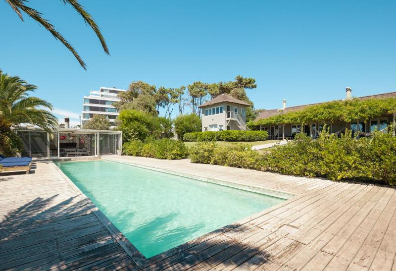 Stylish 6 Bedroom Beach House in Punta del Este - Image 1 - Punta del Este - rentals