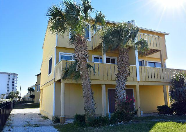 The street side of the unit has the two levels of decks. - Regency Cabanas #F1 - Pensacola Beach - rentals