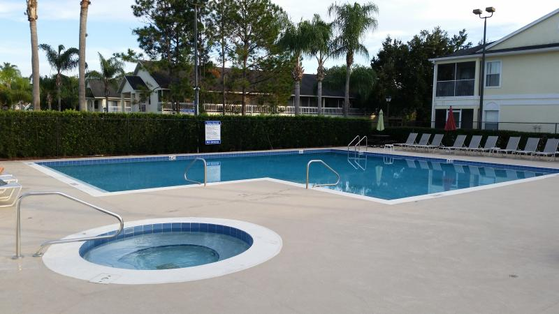 Community pool and Jacuzzi - Condo for Vacation Rental near Disney World - Four Corners - rentals