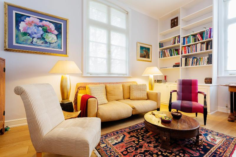 2 bed Notting Hill gem, Chepstow Villas - Image 1 - London - rentals