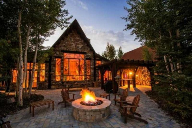 Breathtaking views, world class recreation, gourmet kitchen - Image 1 - Kamas - rentals