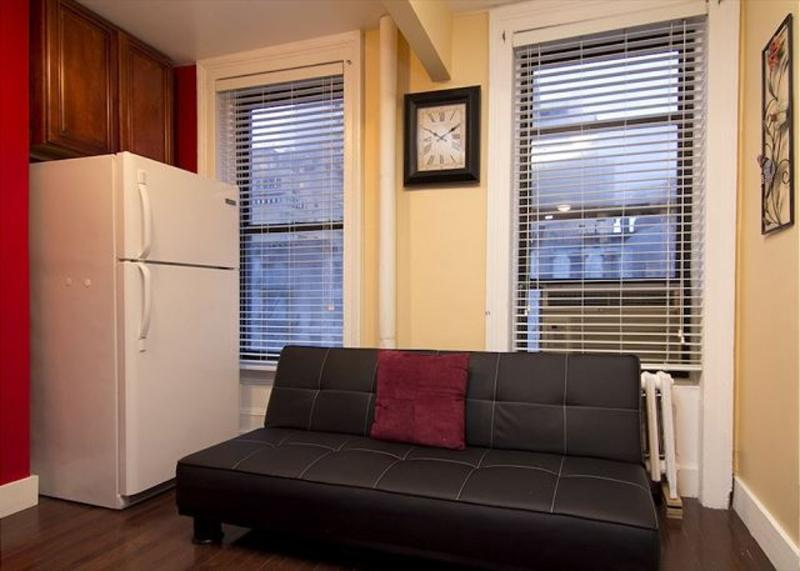 Stunning and Newly Renovated 3 Bedroom Apartment in New York - Image 1 - New York City - rentals