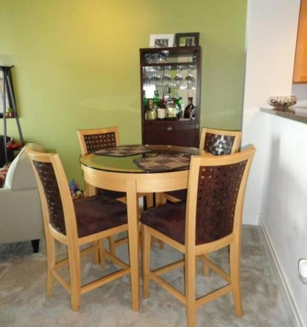 2 Bedroom, 1 Bathroom Condo in Baltimore - Lovely and Nice - Image 1 - Baltimore - rentals