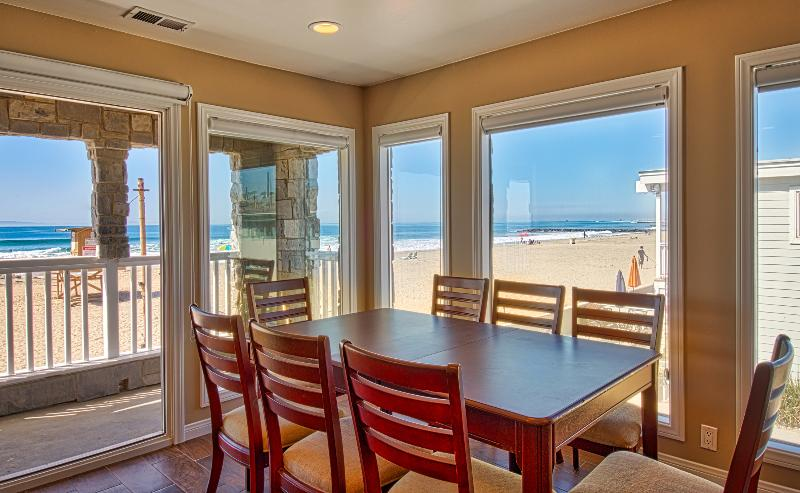 View to the beach from the dining area - 3515 B Seashore - Upper 4 Bedroom 3 Bath - Newport Beach - rentals