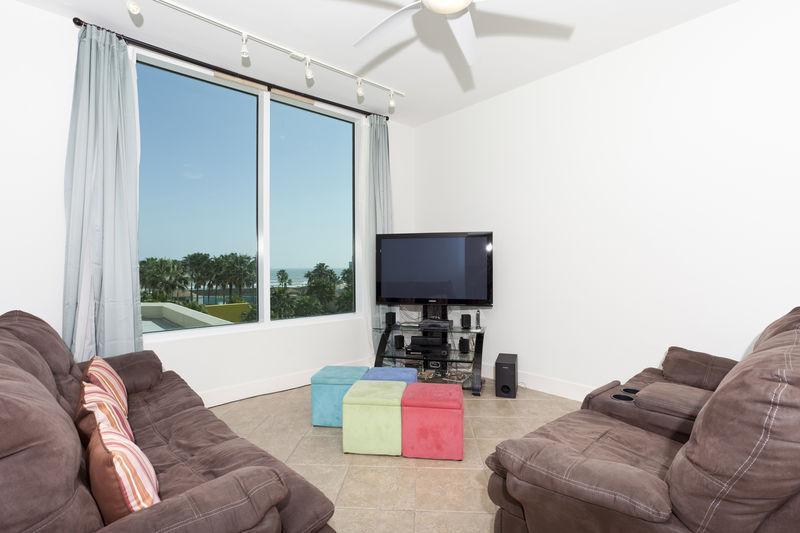 Sapphire #301 - Image 1 - South Padre Island - rentals