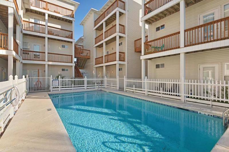 Dog-friendly, oceanfront condo w/ partial views of the water and a shared pool! - Image 1 - Fort Walton Beach - rentals