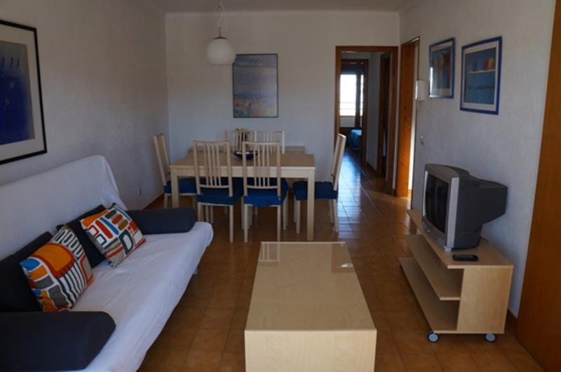 Can Masferrer 5, 2 bed apartment, 300m to beach - Image 1 - L'Escala - rentals