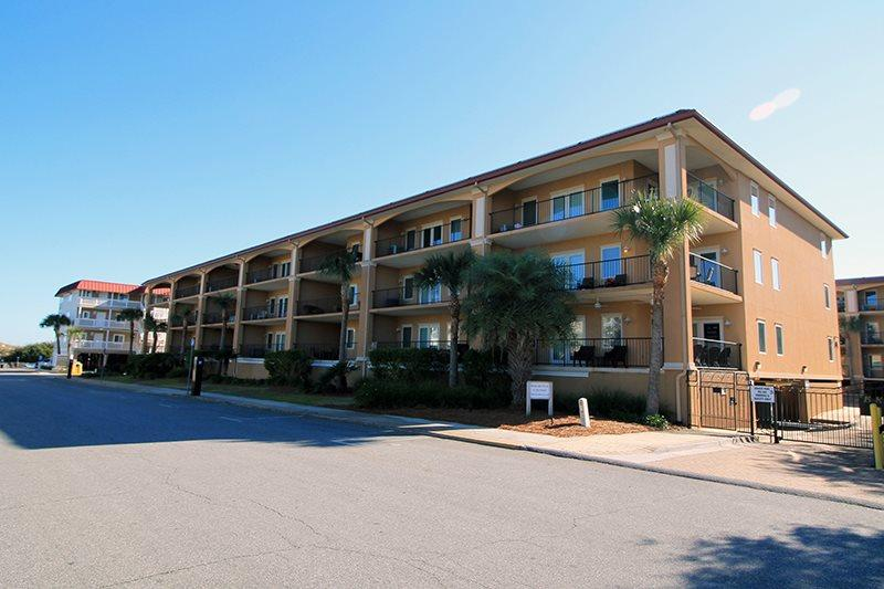 Brass Rail Villas - Unit 308 - Deluxe Vacation Rental - Swimming Pools - FREE Wi-Fi - Image 1 - Tybee Island - rentals