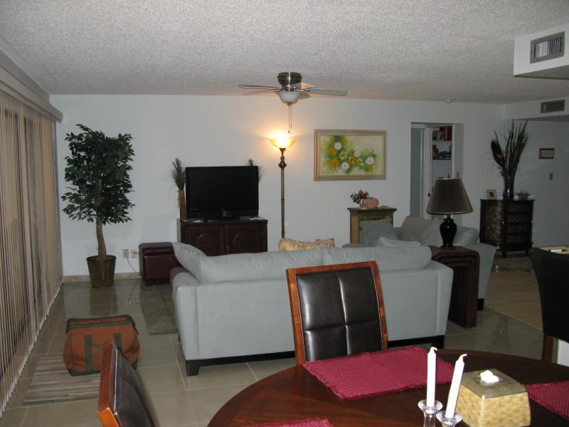 Florida Hideaway, Gated Community with Marinas - Image 1 - Punta Gorda - rentals