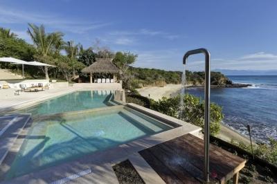 Gorgeous 5 Bedroom Villa in Punta Mita - Image 1 - Punta del Burro - rentals
