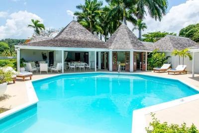 Quaint 4 Bedroom Villa at Trayll - Image 1 - Hope Well - rentals