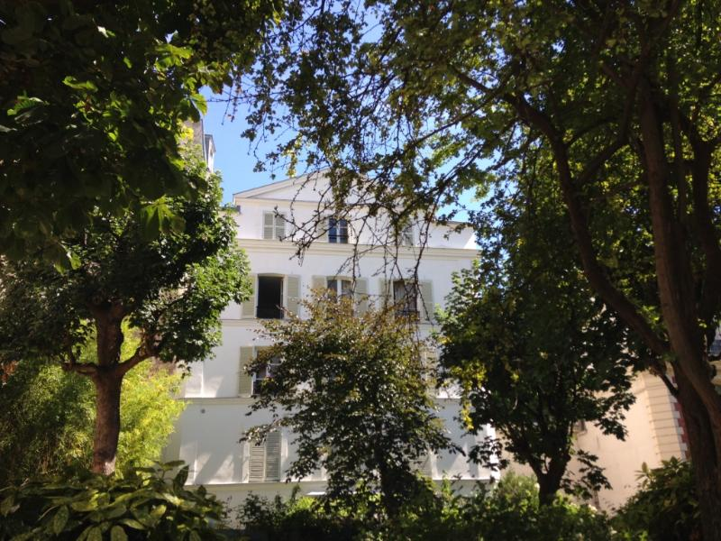 front view - Montmartre Beautiful Apartment In A Secret Garden - Paris - rentals