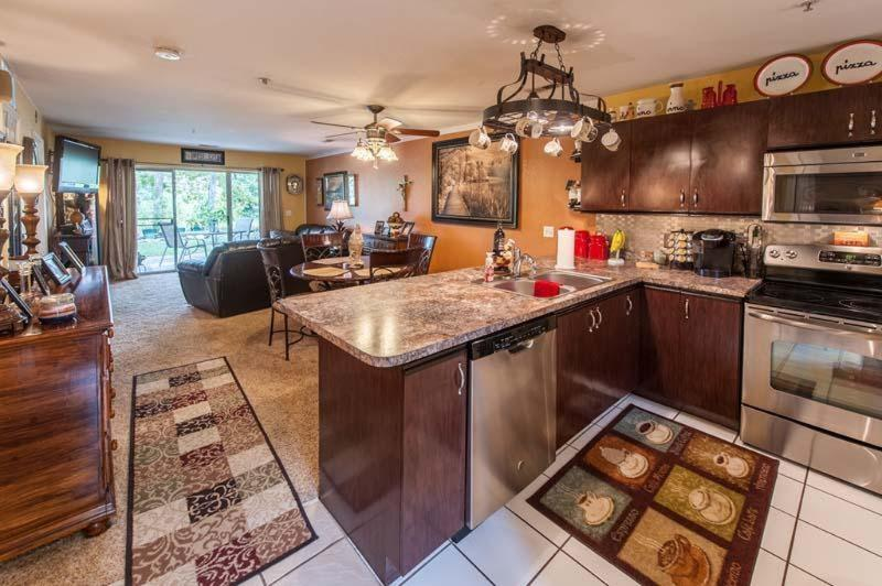 Newly Remodeled 2 Bedroom, 2 Bathroom Condo - *$99/nt*Updated*2 Bedroom*Pond View*BBQ** - Hollister - rentals