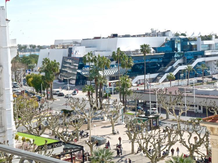 Palais View - Image 1 - Cannes - rentals