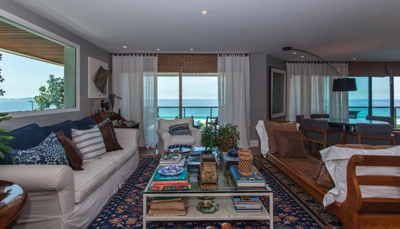 Sizable 3 Bedroom Apartment in Sao Conrado - Image 1 - Rio de Janeiro - rentals