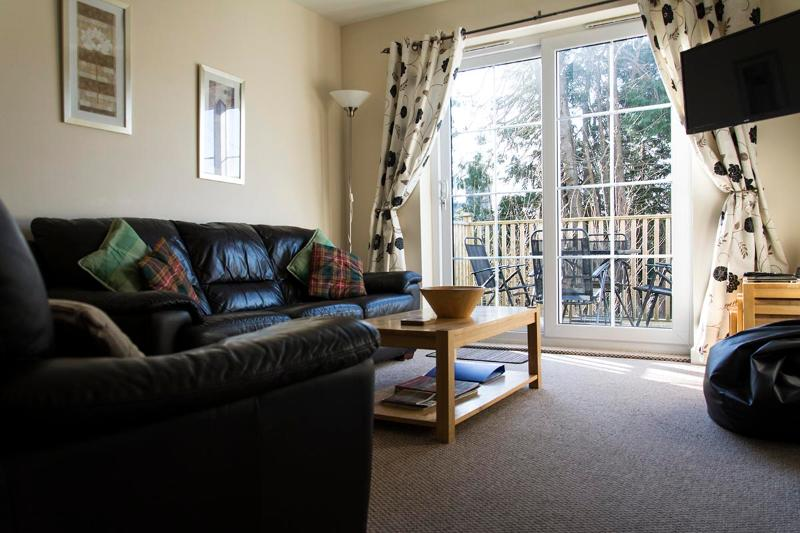 Apartment 3 and 4 Living Area - Skye Holiday Apartments on the Isle of Skye - Portree - rentals