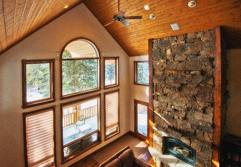 Gorgeous  Home-Sleeps 28- Multi Discounts Avail. - Image 1 - Breckenridge - rentals