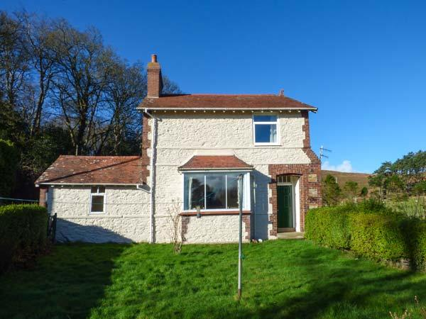PENSYCHNANT COTTAGE, detached, private enclosed garden, nr Penmaenmawr, Ref 921866 - Image 1 - Penmaenmawr - rentals
