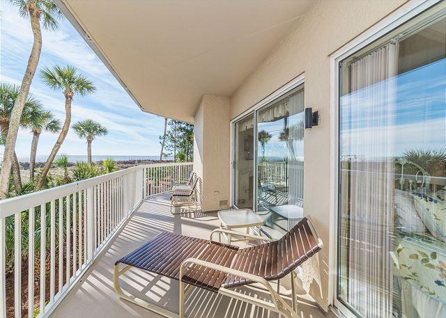 Balcony Views - Barrington Court 113, 3 Bedrooms, Ground Floor, OceanFront, Large Pool & Spa - Hilton Head - rentals