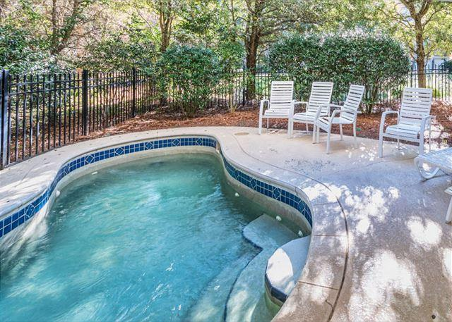 Henry Lane 5, Luxury 4 Bedroom, Heated Spa, Private Pool, Sleeps 12 - Image 1 - Hilton Head - rentals
