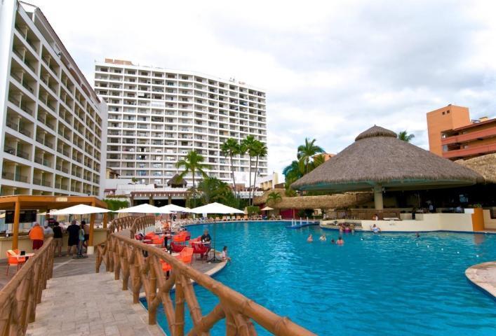 SRT1042 - Wonderful 2BR, Ocean Views, Beachfront - Wonderful 2BR, Ocean Views, Beachfront - WiFi - Puerto Vallarta - rentals