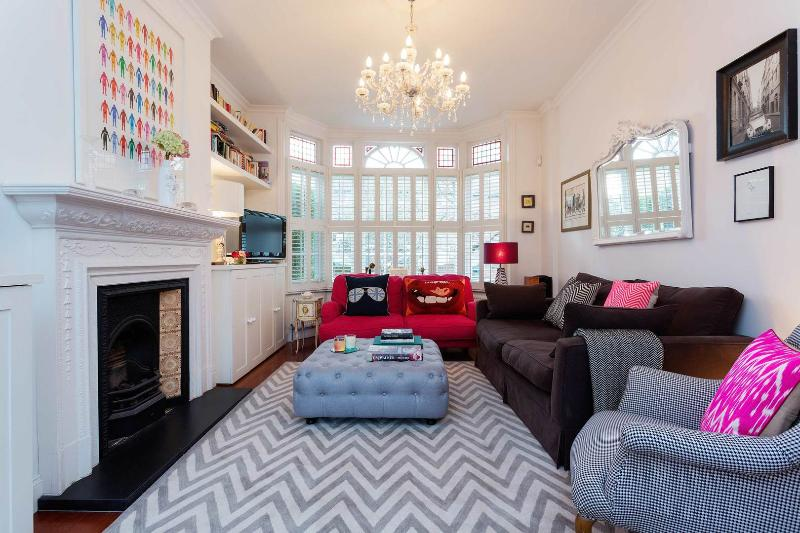 A quirky yet cosy four-bedroom family home in Shepherd's Bush. - Image 1 - London - rentals