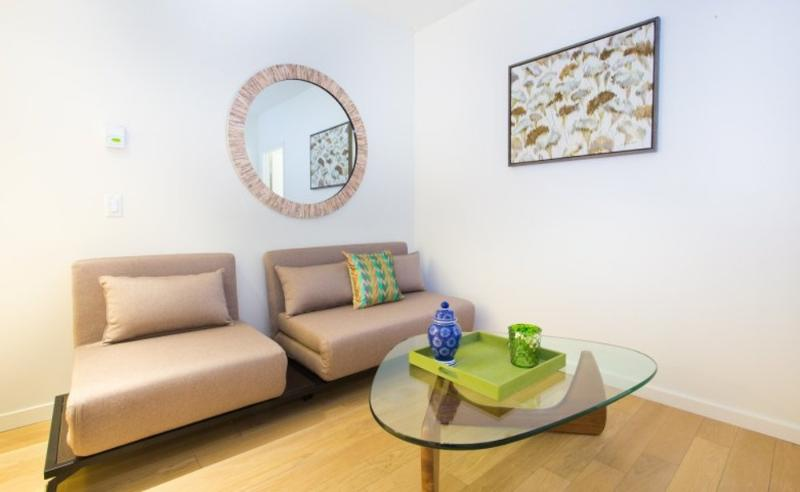 BEAUTIFUL AND CLEAN 2 BEDROOM, 1 BATHROOM APARTMENT - Image 1 - New York City - rentals