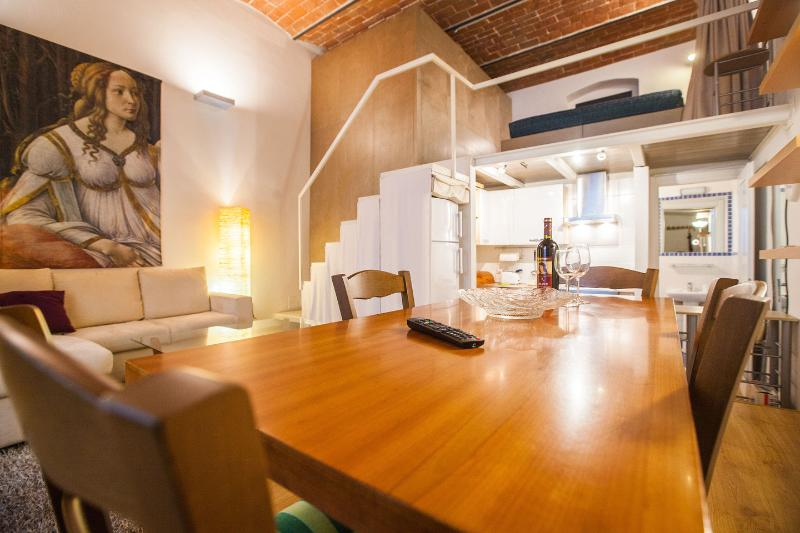 Dining Room - Cool metropolitan lifestyle loft with Wi-Fi and 2 bicycles - Florence - rentals