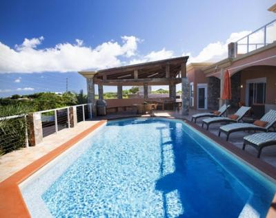 Delightful 5 Bedroom Villa in Secret Harbour - Image 1 - East End - rentals