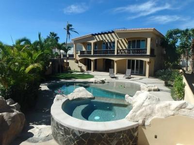Charming 3 Bedroom Villa in San Jose del Cabo - Image 1 - Cabo San Lucas - rentals