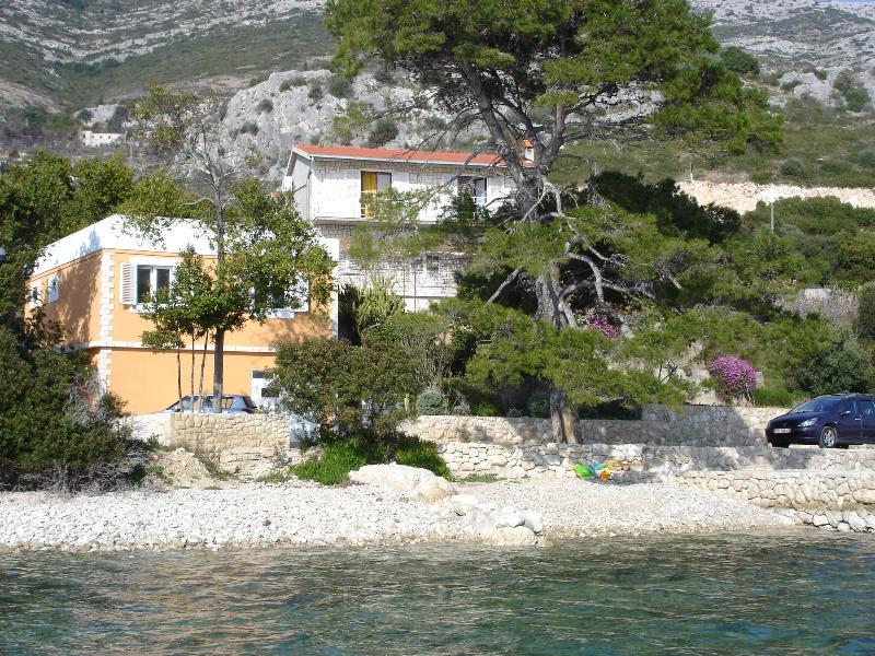 Apartment Mala Ponta - Kuciste - Image 1 - Kuciste - rentals