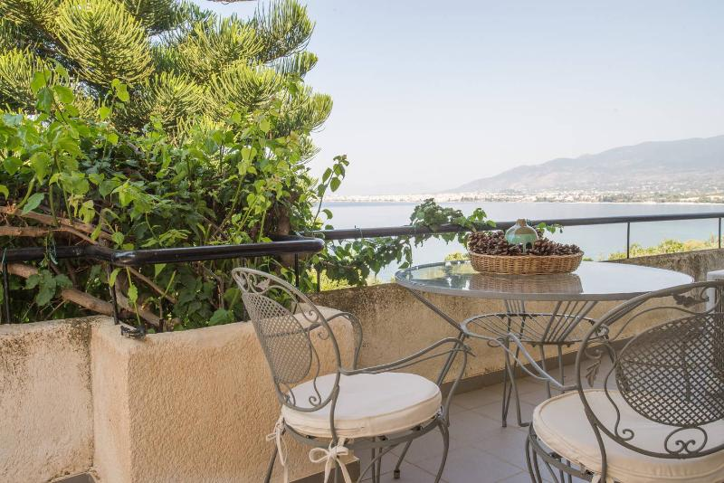 Luxury seafront villa with panoramic sea view - Image 1 - Kalamata - rentals