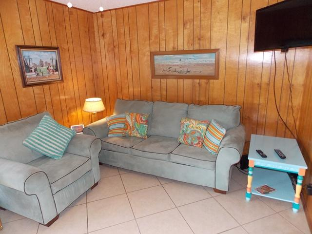 Catch & Release updated 1 bd condo at Mustang Isle - Image 1 - Port Aransas - rentals