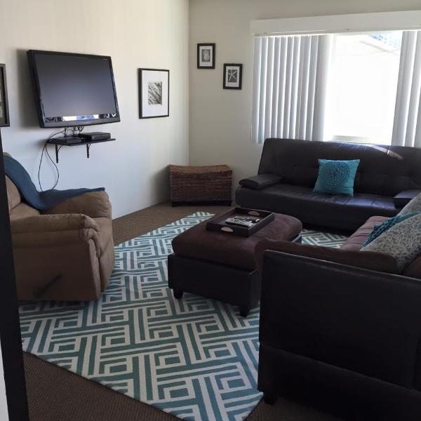 adorable  one bedroom with sleeper sofa by the beach - North Mission Beach one bedroom Villa! - Pacific Beach - rentals