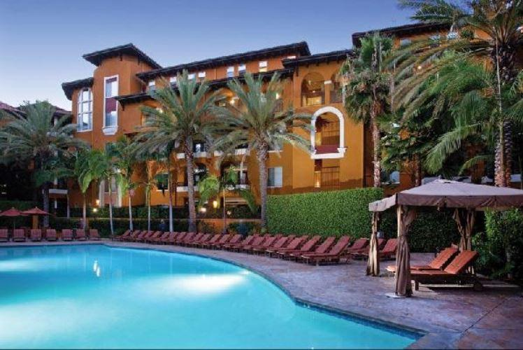 Luxury 1 bedroom with Pool&Gym by The Grove - Image 1 - Los Angeles - rentals