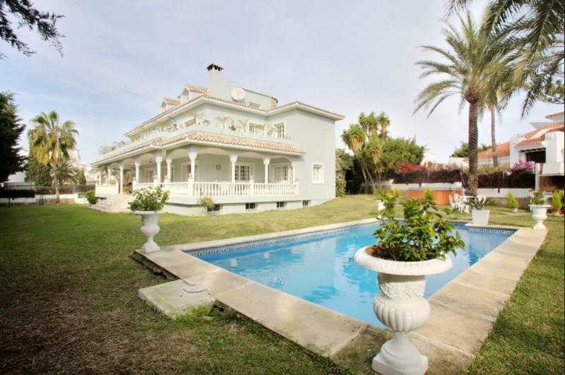 Villa Torremora Puerto Banus - Image 1 - Marbella - rentals