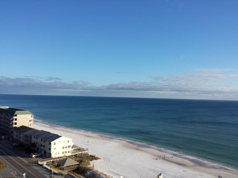 View from balcony to the east... coastline and water for MILES - Happy Destin Beach Condo with Gorgeous Water View! - Destin - rentals